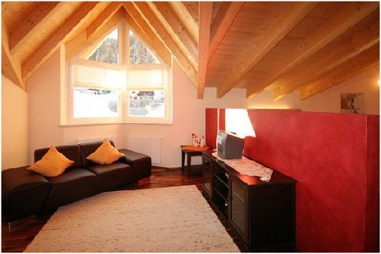 Haus Sonneneck: Wohnraum Apartment Kapall