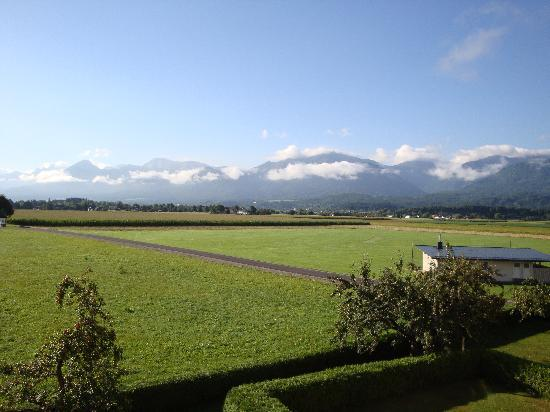 Velden am Woerthersee, Oostenrijk: Ausblick vom Balkon (Familienzimmer)