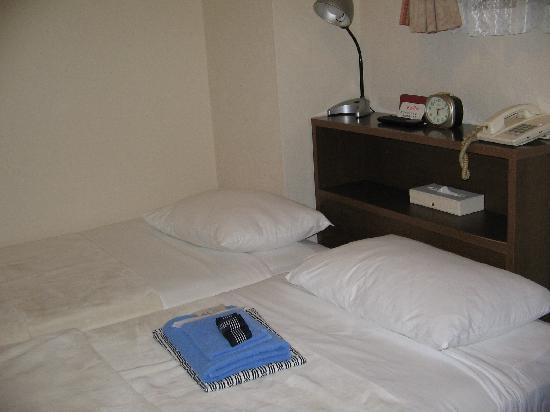 Hotel Yanagibashi: Las camas y los yukatas