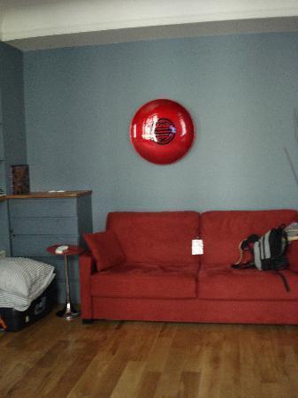 Paiko Apart' Hotel: el sofá cama es comodísimo