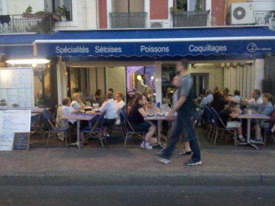 Le Grand Bleu Sete Restaurant