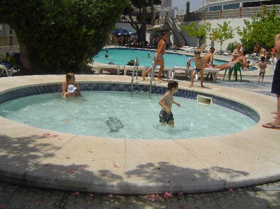 Hotel Natura Park: picina peques