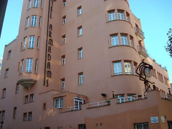Hotel Armadams: Hòtel rempli d'oeuvres d'art!