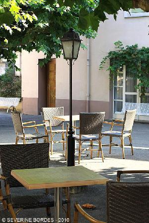 Hotel-Restaurant Chez Pierre d'Agos : Un coin de la terrasse