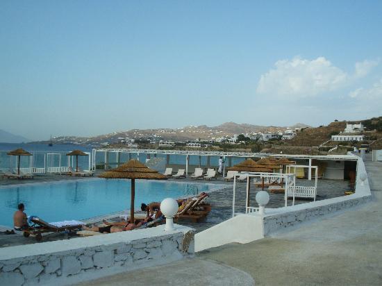 Hotel La Darsena : La piscine qu. on peut utiliser en face de l,hotel