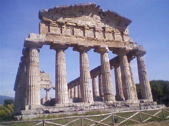Paestum, Italy: tempio di Cerere