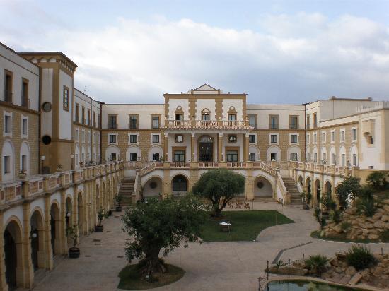 Hotel Baglio Basile: Vista dell''hotel