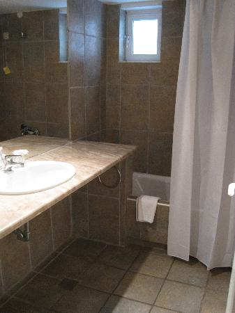 Grand Leoniki Residence : bathroom