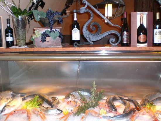 Taverna da Memo: Specialita' di pesce di lago e di mare.