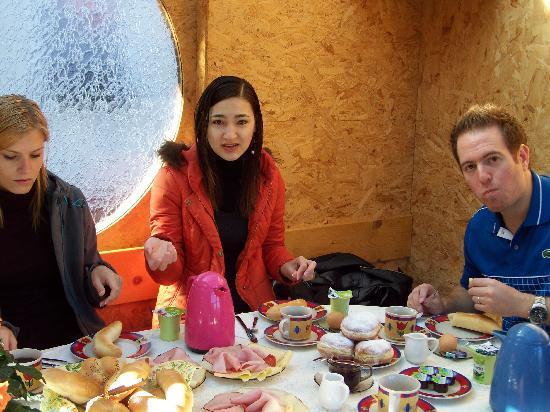 Pension Ingrid : Little breakfast cottage