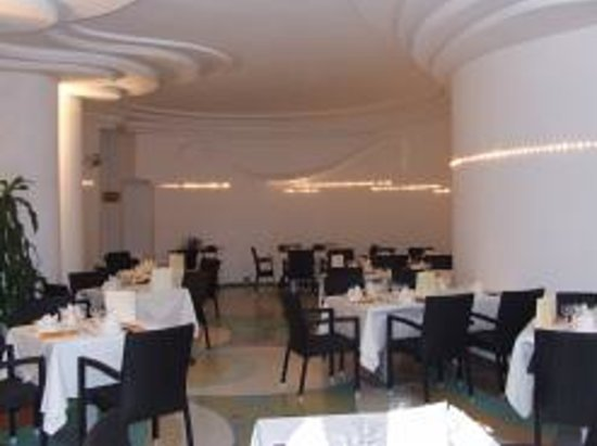 La Fleur Ristorante & Pizzeria: sala interna ristorante