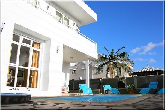 Lagon Bleu Azur: La villa BLEU AZUR