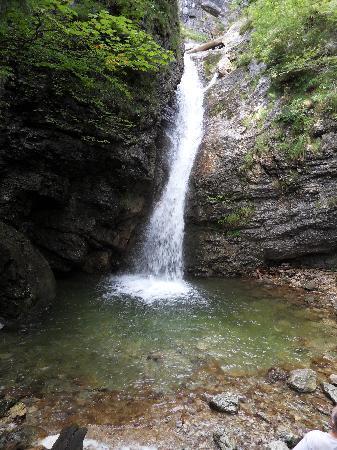 Ferienclub Bellevue am See: Waterfall walk