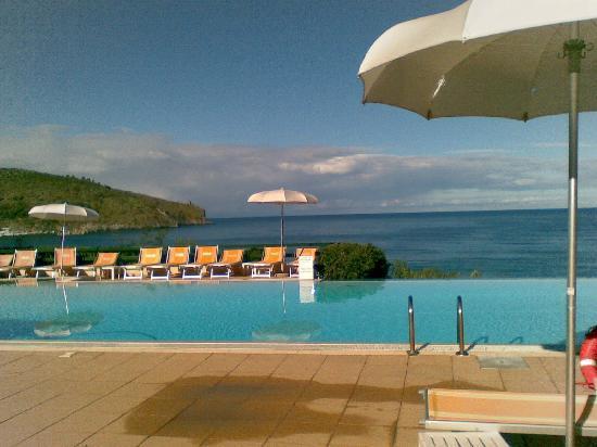 Grand Hotel San Pietro : la piscina