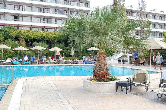 Mediterranee Hotel: Hotel pool