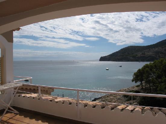 Cabau Bahia Camp de Mar Suites: Ausblick vom Balkon