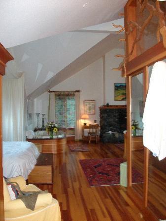 Sooke Harbour House Resort Hotel : Grandfolia Room