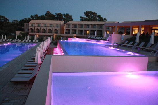 Atlantica Eleon Grand Resort & Spa: Pool area