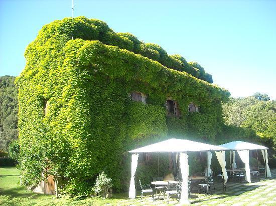 L'Agnata di De André: Lagnata Main Building