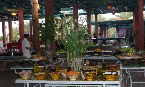 Club Jumbo Marrakech: Vue d'un buffet