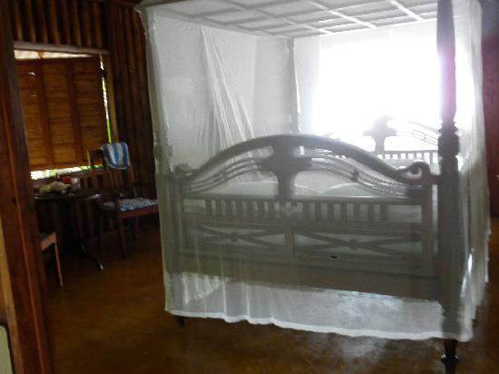 Milarepa: Room