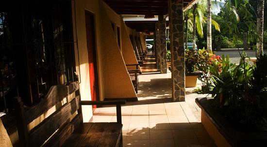 Hotel Los Almendros: Rooms corredor