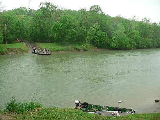 Houchins Ferry Campground: the Green River