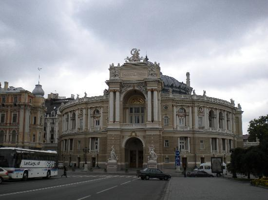 Odessa National Academic Opera and Ballet Theater: Opera theater outside