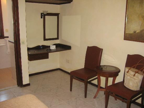 Adahan Hotel : Room Pic
