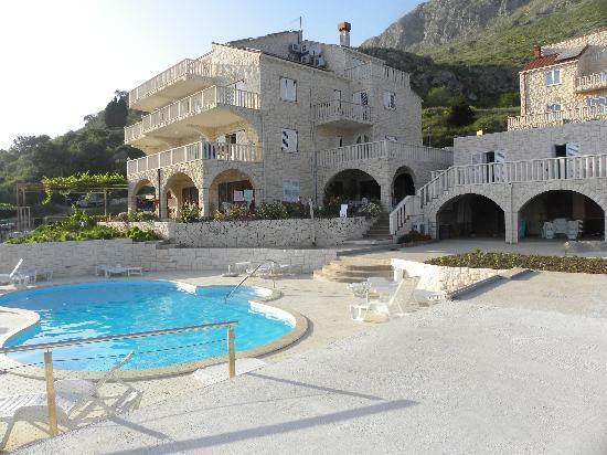 Mlini, Kroatien: reellement avec piscine