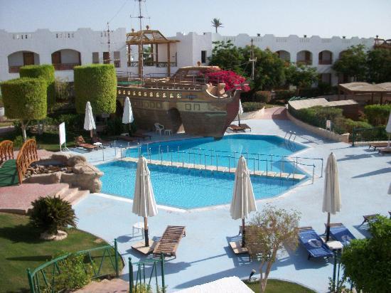 Aurora Sharm Resort : pool view