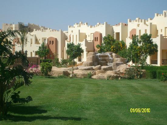 SUNRISE Select Royal Makadi Aqua Resort -Select-: Private beach