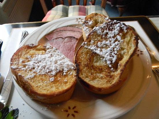 The Foxes Inn: French toast & ham