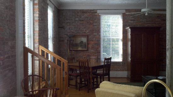 Consulate Suites: Comfort