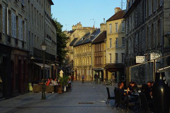 Caen, Francia: L'aperitivo