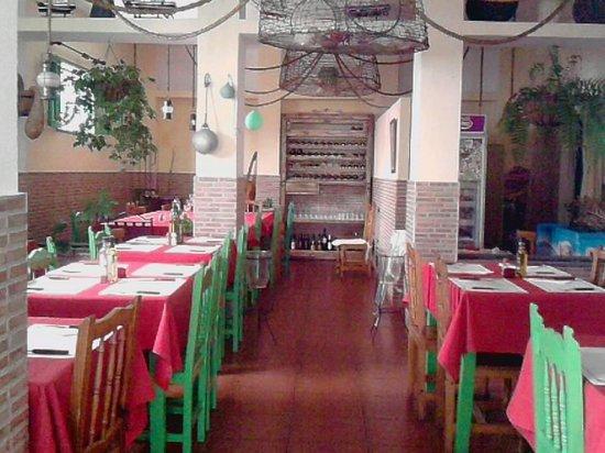 Restaurante La Chalana : Comedor