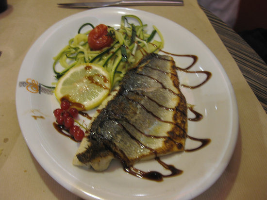 Restaurant Cafe de la Paix: nice presentation