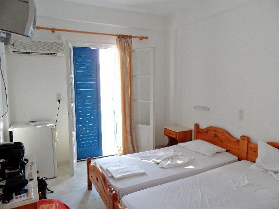 Hotel Marinos Parikia : chambre
