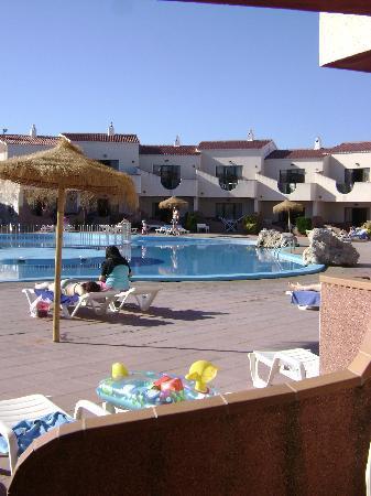 Los Lentiscos: pool