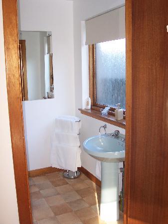 Tom-A-Mhuillin B&B: Bathroom