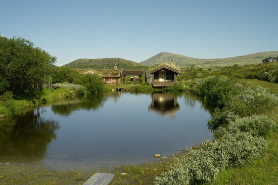 Hovringen, Norway: Traditional sauna (in the hut) by the lake
