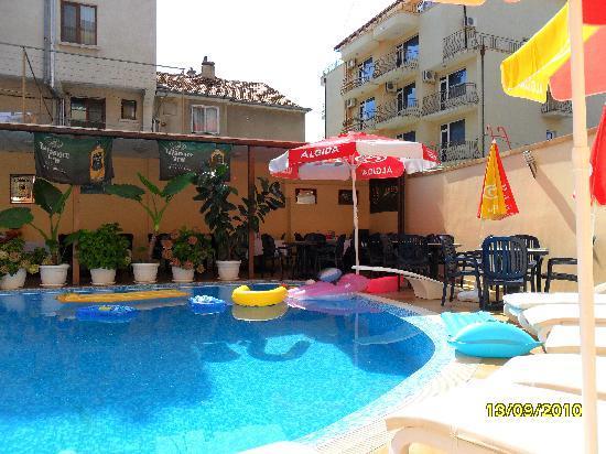 Italia: pool area