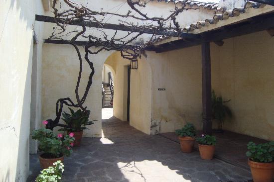 Museo Historico Jose Evaristo Uriburu: Patio