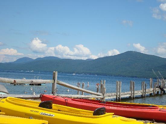 Golden Sands Resort on Lake George: Kayaks for rent