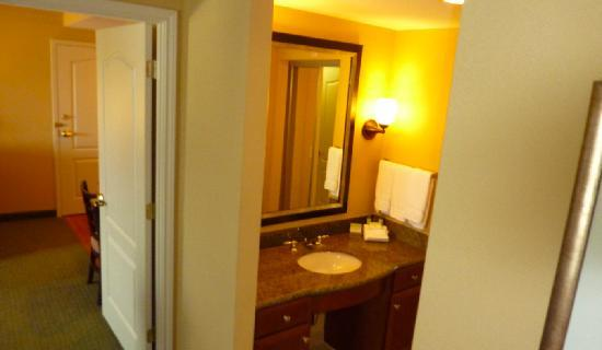 Homewood Suites Houston near the Galleria: the sink