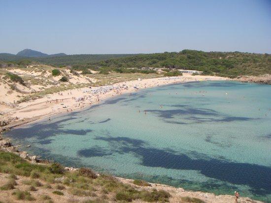 Son Parc, Spain: spiaggia del villaggio (libera)