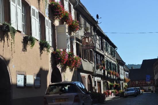 Hotel l'Abbaye d'Alspach: Hotel - Straßenseite