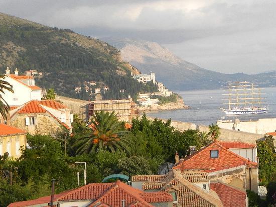 Villa Klaic: Dubrovnik view on the way back to Villa K