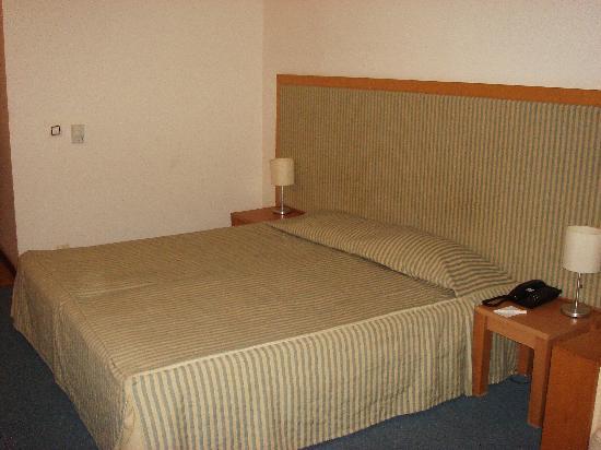 Iberostar Sunny Beach Resort: bed