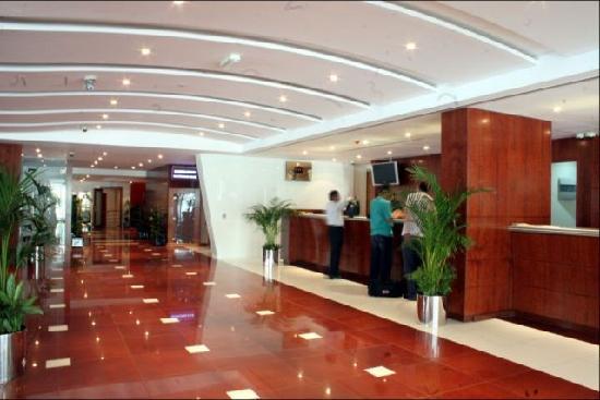 Ramee Royal Hotel : Hotel Lobby